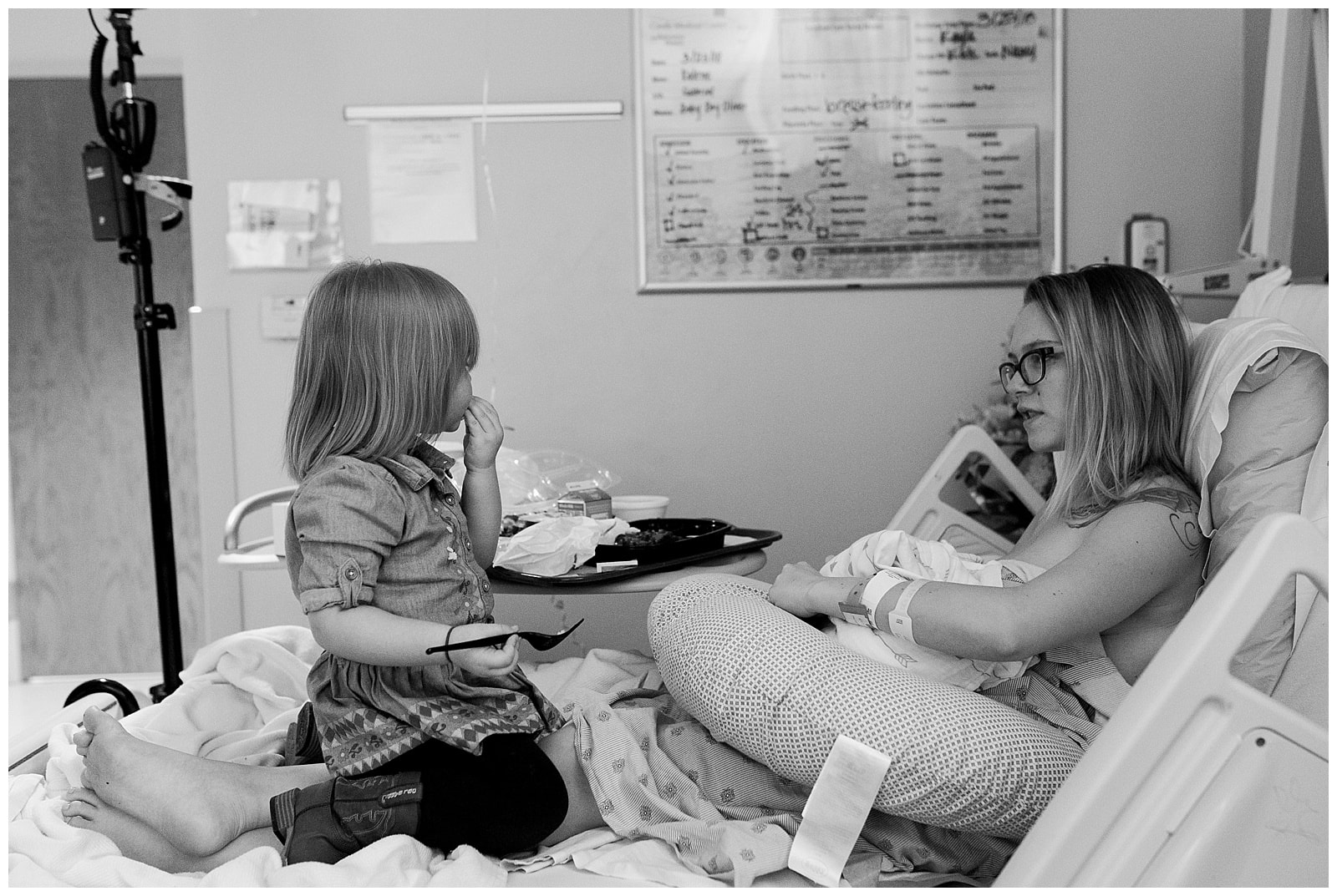 Northern Virginia Birth Photographer | Brooke Flanagan Photography, mother and daughter talking during labor